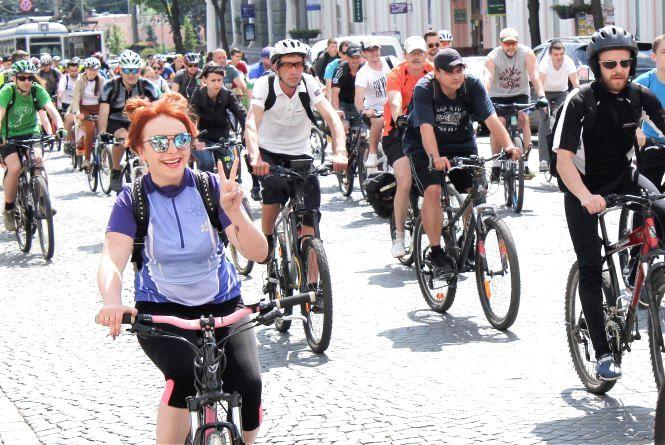 Ювілейний «Велодень». Тисяча велосипедистів їздила вулицями міста