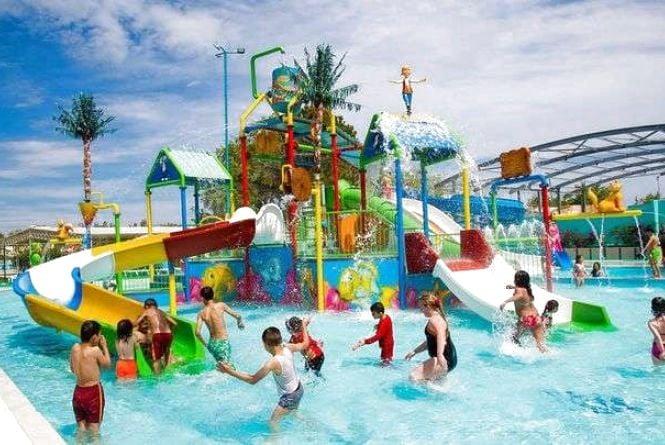 Літній відпочинок: 10 аквапарків України, які варті уваги