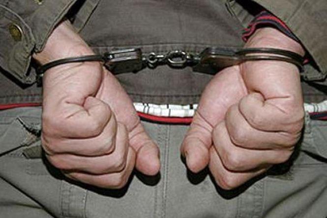 Нічна крадіжка: 26-річний вінничанин виніс з кафе гроші, випивку та закуску