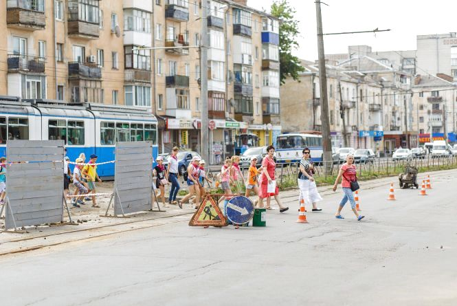 Реконструкція на Замостянській: перекриють частину вулиці та змінять рух трамваїв