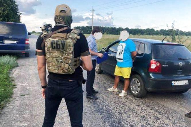 Хабарника-фіскала взяли під варту з заставою у 250 тисяч гривень