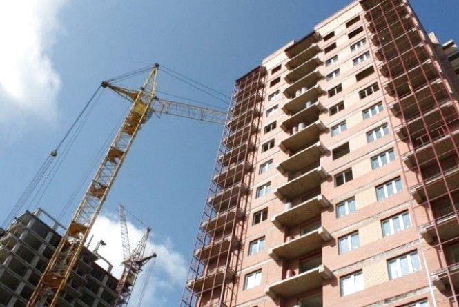 Вінничани вимагають призупинити будівництво новобуду по Коріатовичів