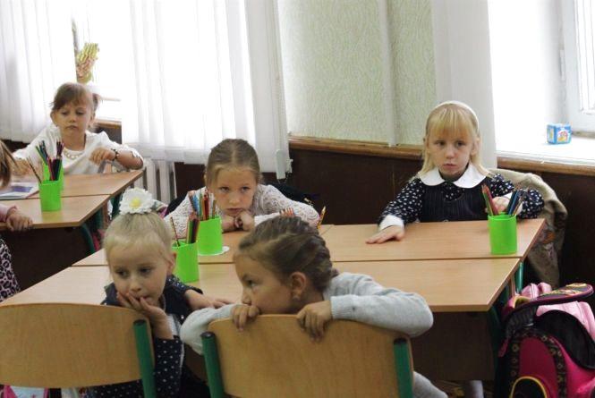 В Нову українську школу першачки підуть з електронним підручником
