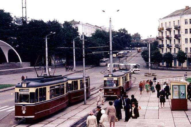 Першим був трамвай, а тролейбус з'явився таємно. Історія вінницького транспорту