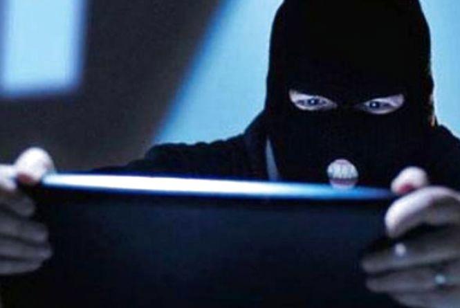 «Ваш син потрапив у поліцію»: шахраї ошукали літню вінничанку на 80 тисяч