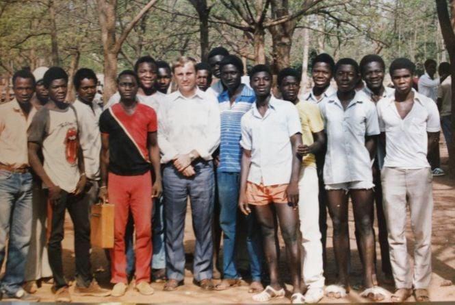 В Африці учні не списують на уроках. Як вінничани навчали дітей в Буркіна-Фасо