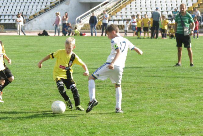 У вінницькому фестивалі футболу переможених не було