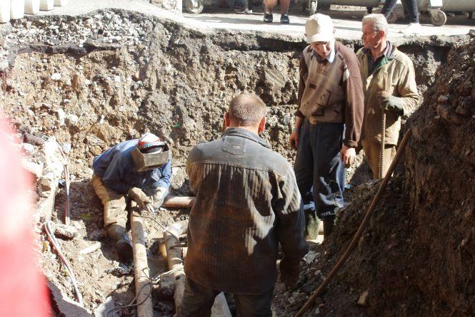 Гарячої води у жителів Вишеньки та Слов'янки не буде через борги «Маяка»