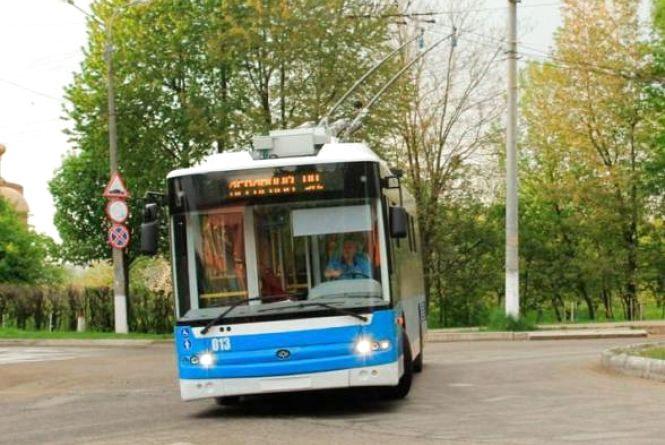 Один вечір та ніч: тролейбуси №12, 13 та 14 не ходитимуть з «Урожаю»