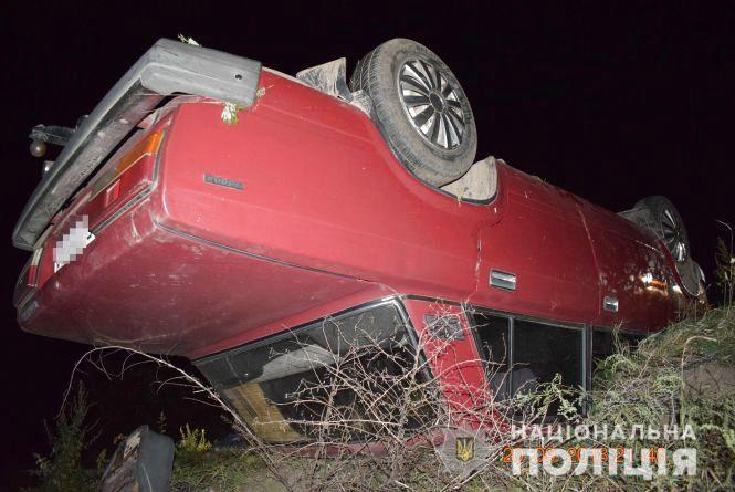 П'яне ДТП: перекинувся водій на «ВАЗ 2107». Пасажир загинув на місці