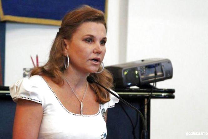 Доньку екс-губернатора Вінниччини оголосили в розшук СБУ