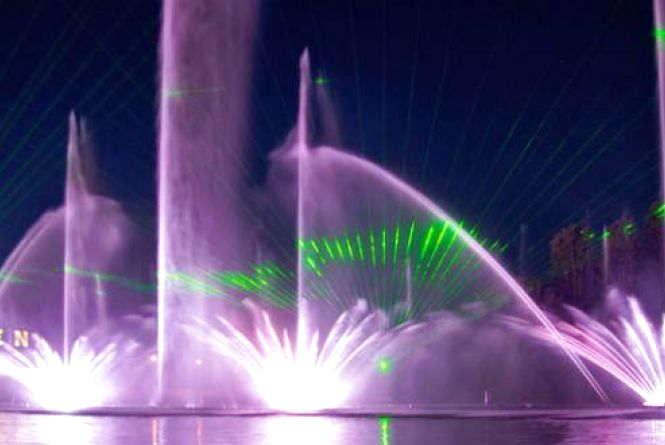 Набережну фонтану «Roshen» перевірятимуть вибухотехніки та кінологи