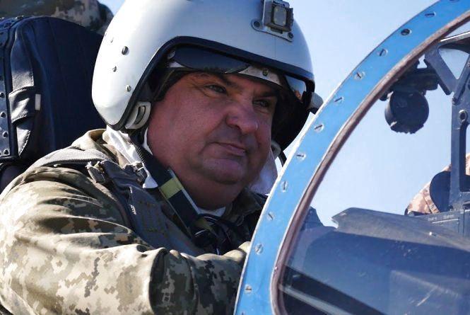Полковник Петренко відводив винищувач від будинків. Про падіння літака біля Уланова