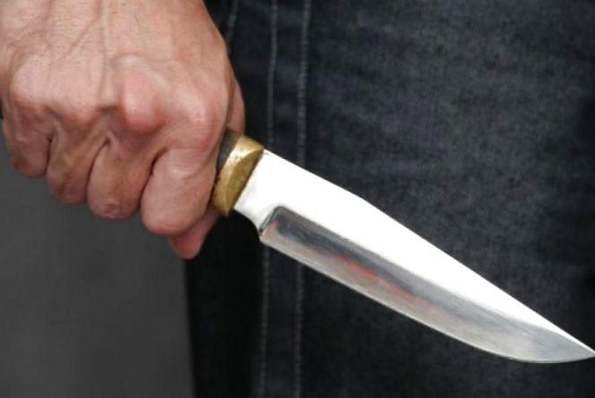 Смертельне застілля: через телефон чоловік порізав 44-річну вінничанку