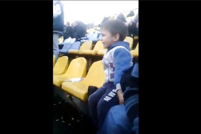 «Подивіться та послухайте»: шукають юного вболівальника ФК «Нива»