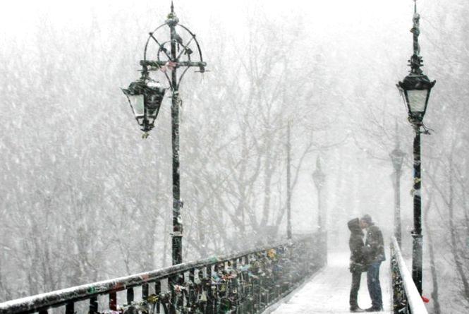 Зима на порозі: в Україні прогнозують ожеледицю та сніг. Вінниччину не омине
