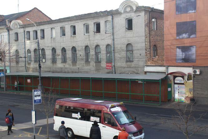 Скасувати знесення історичного готелю вимагають вінничани. Петиція