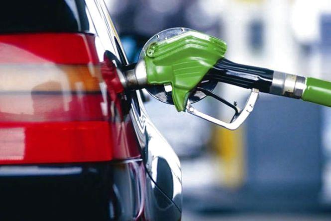 В Європі падають ціни на бензин. Що прогнозують в Україні?