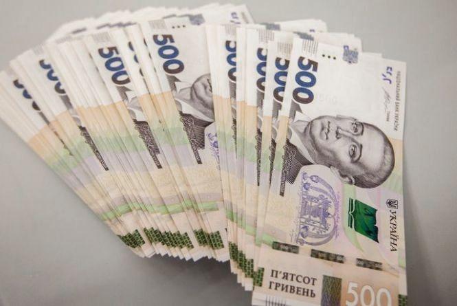 Медична реформа у Вінниці: хто вже отримує понад 27 тисяч гривень зарплати?