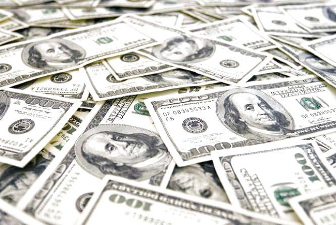 Курс валют НБУ на 17 листопада. За скільки сьогодні продають долари?