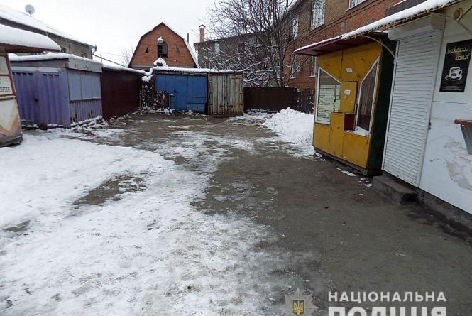 Двоє львів'ян привітали жителя Вінниччини з днем народження - всадили ніж в шию