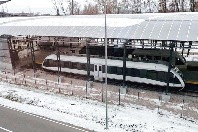 Оприлюднено розклад поїздів в аеропорт Бориспіль. Коли пустять рейкобус?