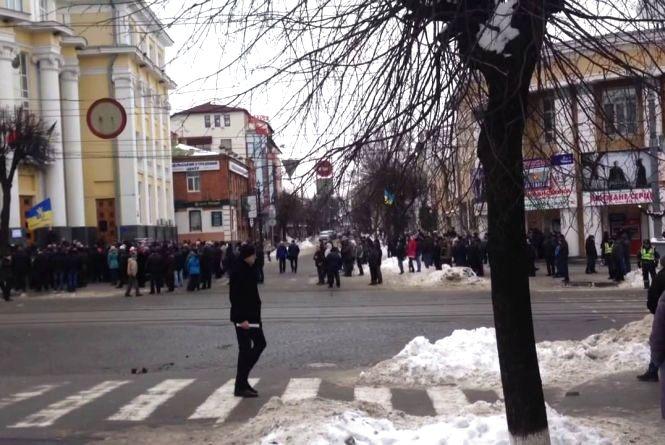 Воєнний стан на Вінниччині: телефони«гарячої» лінії працюватимуть цілодобово