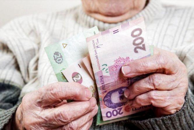 Шахраї видурили у старенької бабусі всі гроші — понад 40 тисяч гривень