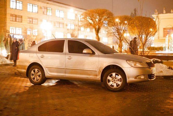 «Що далі, де межі жлобства?»: вінничанин пропонує навести лад у царині паркування міста