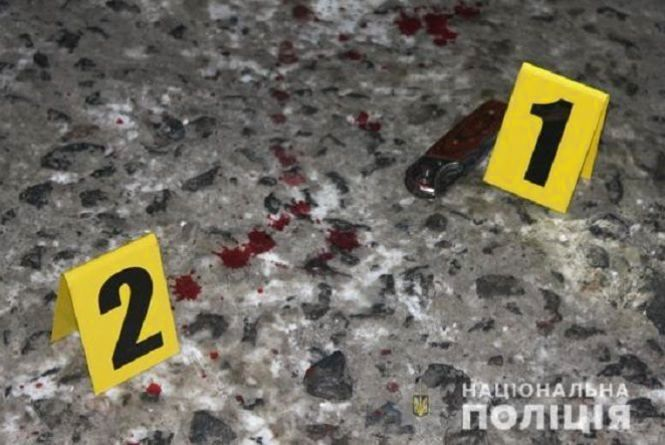 На Пирогова хотіли вбити підприємця. Двох нападників, які втекли, затримали