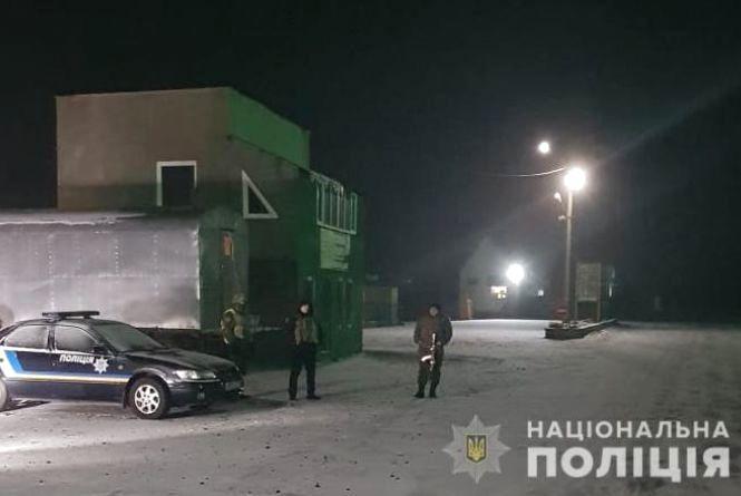 П'яний черкащанин попався на Вінниччині. Він віз на «ВАЗ» наркотики та зброю