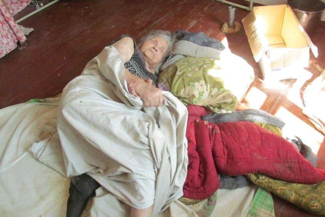 У полоні самотності: паралізована вінничанка три дні пролежала сама в квартирі