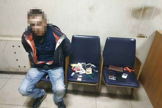 28-річний вінничанин пограбував одеситку. За гаражами його зловили