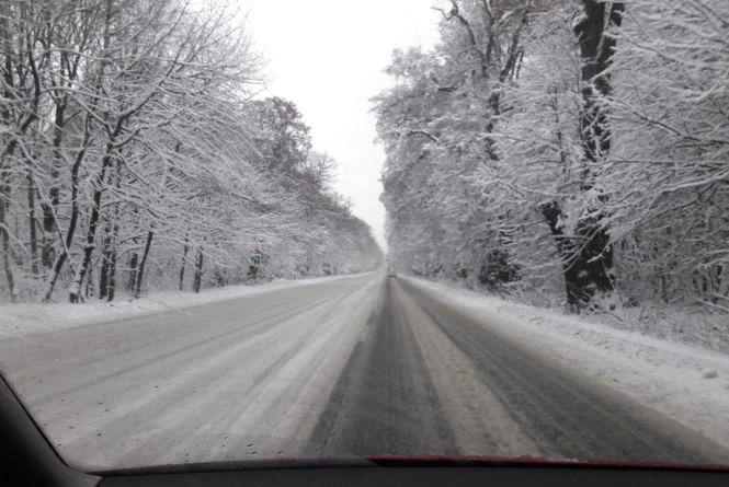 Негода на Вінниччині: оперативна інформація про стан проїзду на дорогах