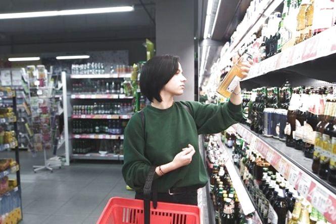 Заборона нічної торгівлі алкоголем: бізнес пояснив, чому від цього тільки шкода