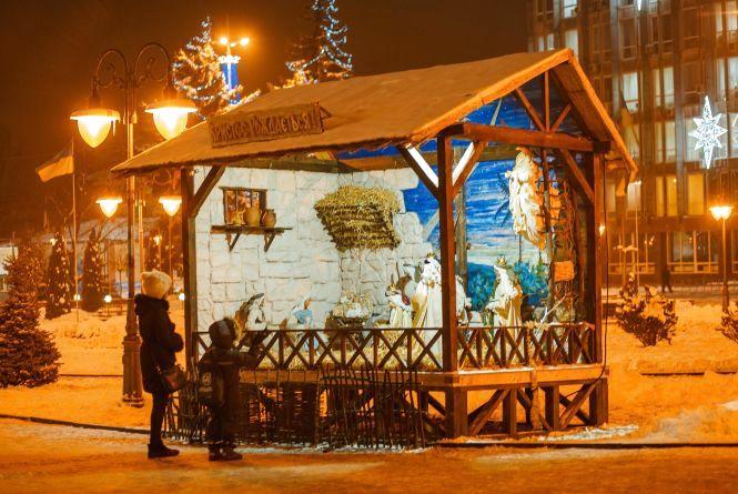 Завтра у Вінниці відкриють вертеп. Всіх запрошують зустріти Різдво