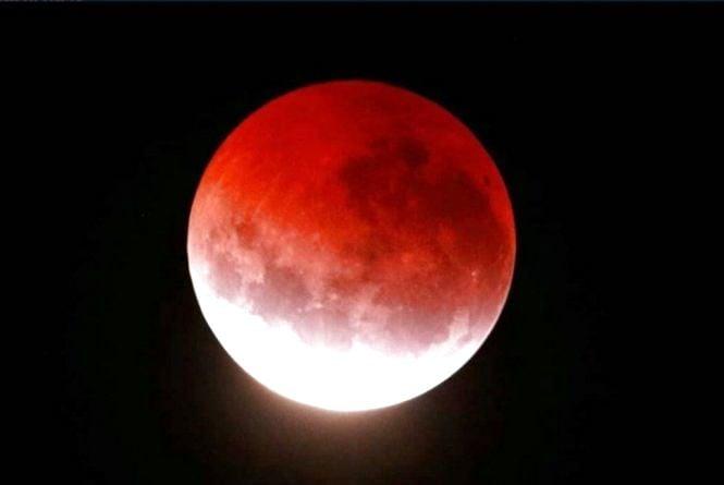 На початку 2019 року на небі зійде «Кривавий Місяць»: що потрібно знати?
