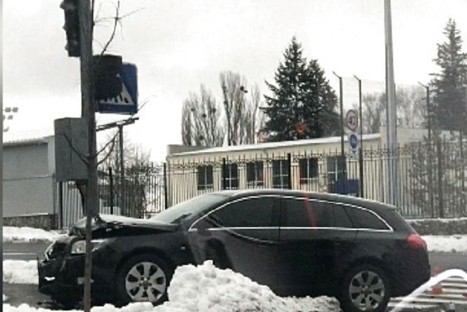 Вінниця 3 січня: дві ДТП, пожежа та вибачення іноземця