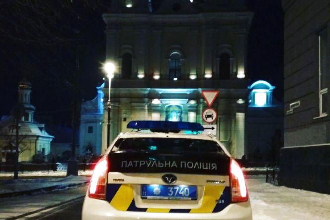 У Різдвяну ніч поліція охороняла богослужіння. Чи було все спокійно?