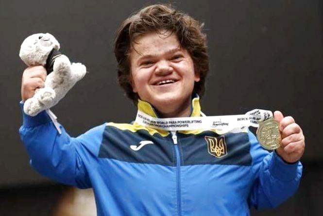 Вінничанка Мар'яна Шевчук здобула звання найсильнішої пауерліфтерки світу (ВІДЕО)