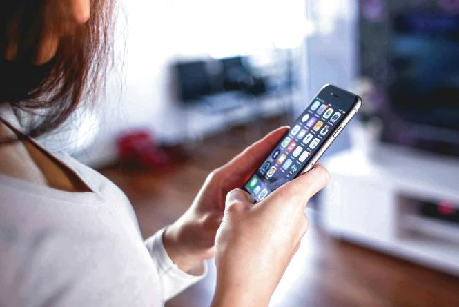Не передзвонюйте на невідомі номери і заведіть «фінансову» SIM-ку. Нова афера