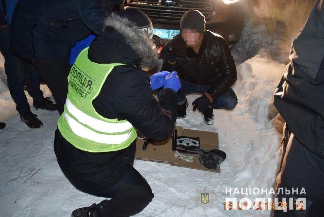 Розбійний напад у Калинівці: підприємця душили та забрали понад 400 тисяч гривень