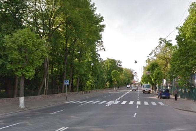 Петиція: замість острівця безпеки на Магістратській — світлофор