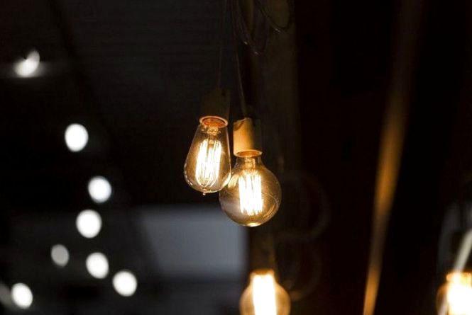 Які вулиці будуть сидіти без світла на наступному тижні? Перевір чи є твоя у списку