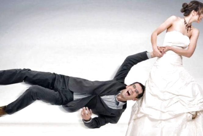Примусила одружитися? В Україні чоловіки можуть звертатися до суду
