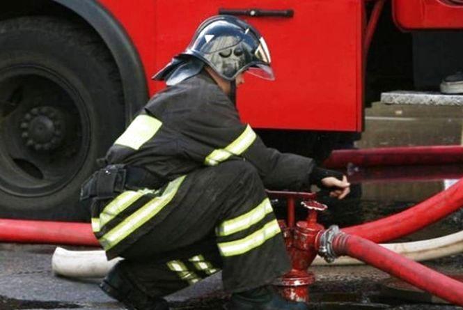 Пожежа на Цегельному: через замикання евакуювали 30 мешканців багатоперхівки