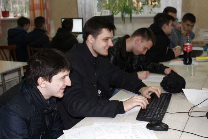 Олімпіада з програмування: 12 учасників з Вінниці нині у Google, Microsoft і Facebook