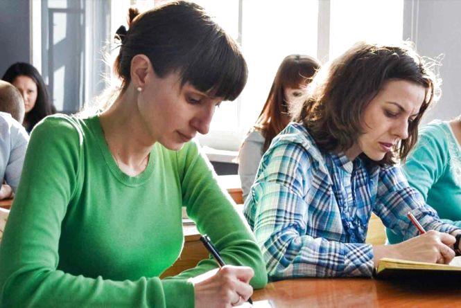 «Комусь доведеться шукати іншу роботу»: вчителі математики провалили ЗНО