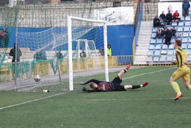 Не встояли у «нивівському» дербі: вінницькі футболісти відкрили третє коло поразкою