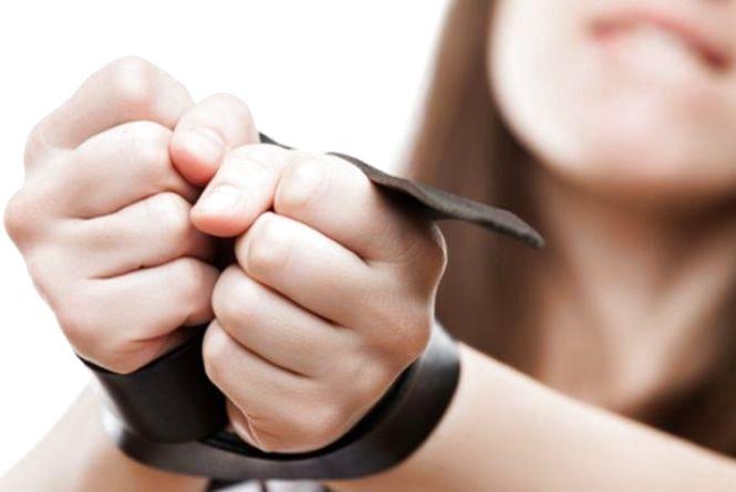 Від 500 доларів за дівчину. 25-річна вінничанка торгувала людьми